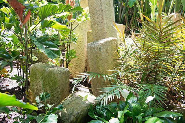 フォスター植物園の花崗岩