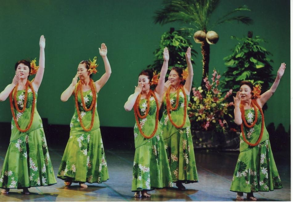 2010年9月5日 関西フラフェスティバル 場所:メルパルク大阪